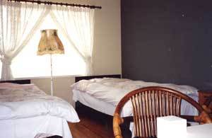 14082_room.jpg